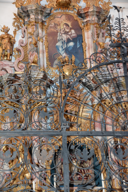Kirche1 innen Autorenevent Klett und Balmer